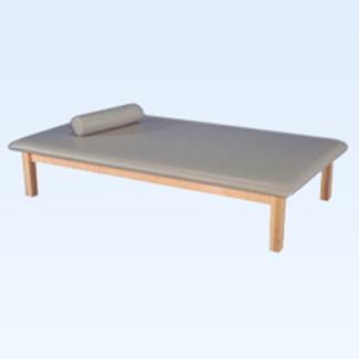 AM-657 Mat Table